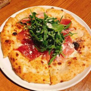 解放感ある造りのお洒落な店内で石窯ピッツァが食べれる~新宿 クラウディアツー