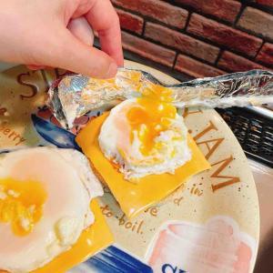 セルクルの代わりにアルミホイルを使ってハンバーガー用の卵焼きを作れた