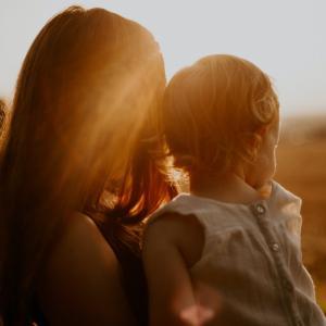 「子供を守る母親」系作品特集