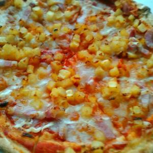グラッチェガーデンズ 『ベーコンとポテトのピッツァ』