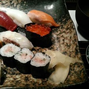 海鮮居酒屋 寿司の磯松 『小握り』