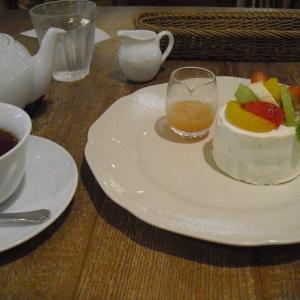 アフタヌーンティールーム 『スイートフルーツティーのショートケーキ』