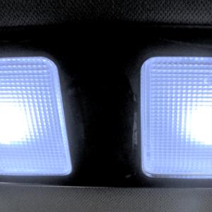 CX-5のルームランプのLEDを変更しました