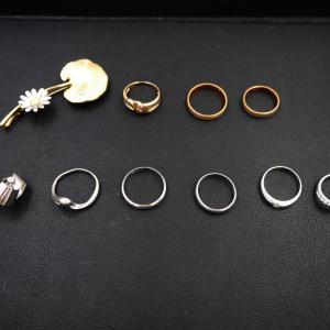 貴金属(ブローチやイヤリング、多数のリング)をお買取致しました☆上野芝向ヶ丘町、堺買取センター