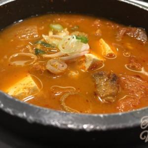 仁川空港で出国前にキムチチゲを食べる!おすすめの韓国料理店『ソウル』