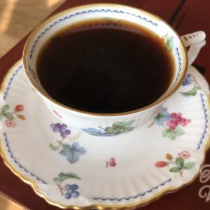 韓国語で「コーヒーをいれる」は何という?5種類の言い方を紹介