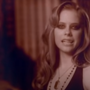 Nobody's Home   Avril Lavigne (アヴリル・ラヴィーン)