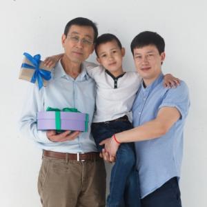 【ステップファミリー】二人のお父さんの誕生日