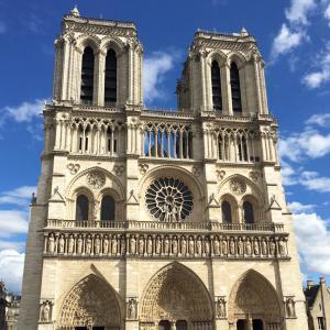 パリの最新イベント情報記事を見ながらフランス語を学ぶ!(日本語ページ有)