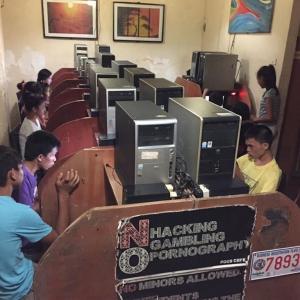 やっと再開したうちのネットカフェ@フィリピン
