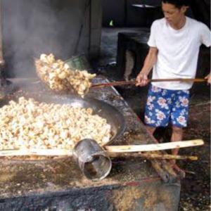 牛のチッチャロン@フィリピン