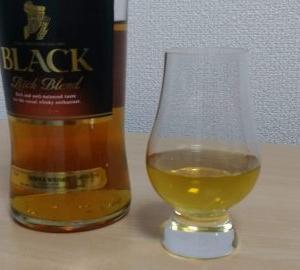 ブラックニッカ リッチブレンドはおいしい?コスパのいいウイスキーを探せ【レビュー】