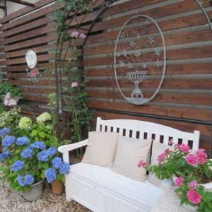 ***(´艸`*)裏庭作り・バラのハンキング完成&楽しい高圧洗浄&サブの事