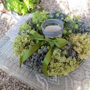 ***( *´艸`)素敵な超簡単アジサイリースとキャンドルリース&テラスのブドウ