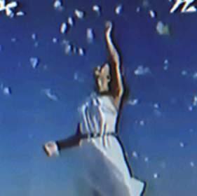Days of Blue [天]: 青い空 (2020) - メとメがあったらメメクラゲ