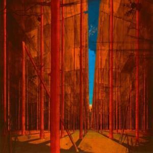 Martin Kohlstedt: FLUR (2020) - ヘンな《ピアノ》を、ヘンな場所で弾く。