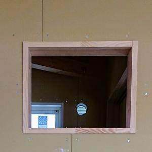 ステンドグラス窓枠事件😱