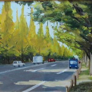 神宮外苑の銀杏並木を描く