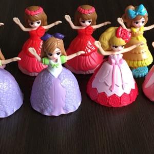 人形×500円=͟͟͞͞( ¯−︎¯ )