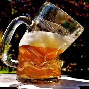【悲報】筋トレ始めたワイ、酒を飲むタイミングがないことに気づく