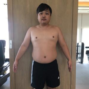 【朗報】マッチョ目指して体重増やすために筋トレと飯食いまくった結果wwww