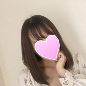 黒髪ミディアムで清楚系にになれました(*^▽^*)