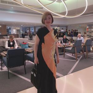 日本の美で大注目!大絶賛! 留袖ドレスでパリのパーティへ