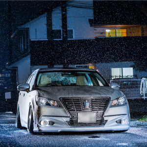 雨の日にストロボを使用して、車の撮影!!