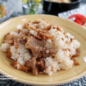 食卓が華やぐ♡【レシピ】豚こまとメンマの混ぜご飯