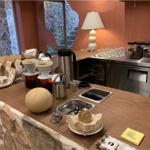【孔徳】カップのデザインが独特なおしゃれカフェ Grotto coffee