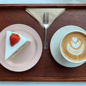 【釜山・西面】ケーキが可愛い 雰囲気のいい落ち着くcafe Geuan