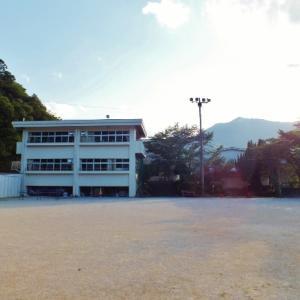 「竜とそばかすの姫」聖地(6)鈴の小学校を特定!