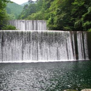 「竜とそばかすの姫」聖地(7)安居川ダム&聖地ローソンがUの世界に