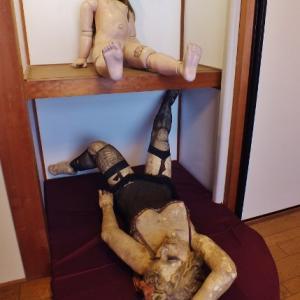 可動フィギュア原点はグロ&エロの球体関節人形(四谷シモン人形館)