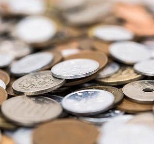 5年マネークリップを使って実際に小銭(お釣り)をどうしているのか教えます。
