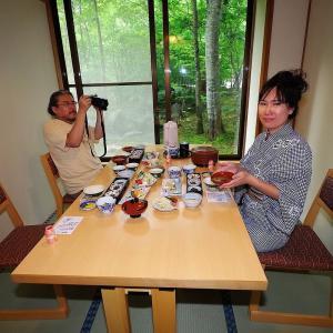 日本秘湯を守る会 銀婚湯 「朝食」&「 渓流の湯」