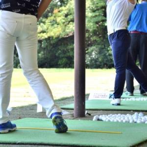 ゴルフシューズ、スパイクありとスパイクレスの違いって!?