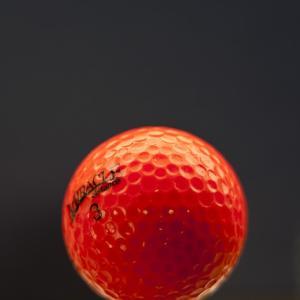 圧倒的な飛距離が魅力!おすすめ非公認ゴルフボールをランキング!