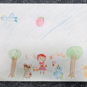 『森の中のイチゴの世界』