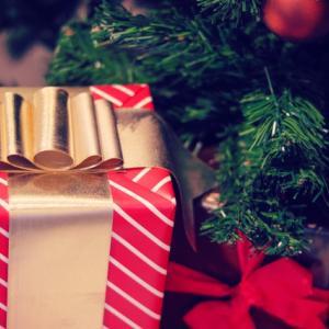 彼女へのクリスマスプレゼント中古品はあり?メルカリやネットは?