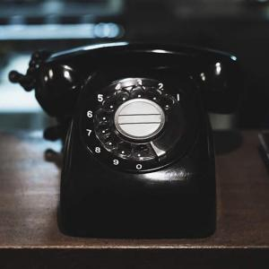 もぐもぐアラサー男子に電話がかかってきたよ