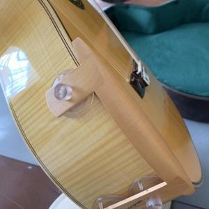 クラシックギターにアームレストを付けたい!後からつけられる製品まとめ