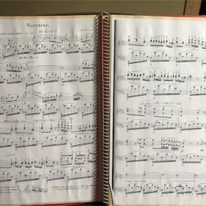 ノクターンOp.27-2と5本指エチュード練習。