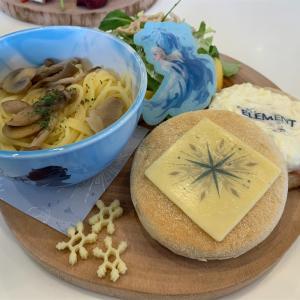 【OH MY CAFE】『アナと雪の女王2』スペシャルカフェ札幌へ❣️次回スターウォーズカフェ情報もあります❗️