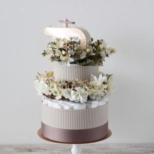 【おむつケーキ】リース & IKONIHおもちゃ付き BOTANICAL