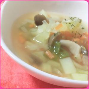 シンプルな常備野菜のニンニク【コンソメスープ】