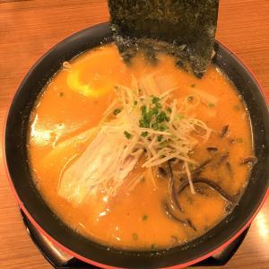 【函館 麺屋いなせ】は函館自由市場にありけり