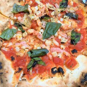 【もてない柔らかさ】函館 イタリアンカッフェ クサナギのピザをテイクアウト
