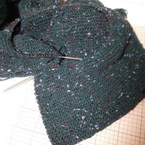 やっと編み物
