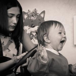 美容室に行ったことがない2歳の娘が、七五三の着付けとヘアメイクをスムーズにしてもらえるように工夫したこと